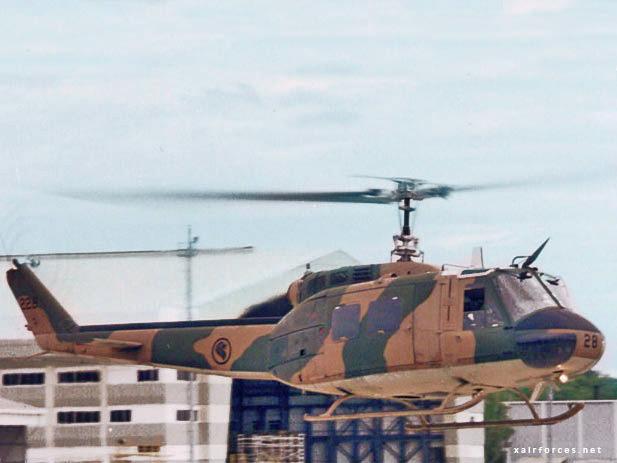 UH-1H-Iroquois(205)_228.jpg